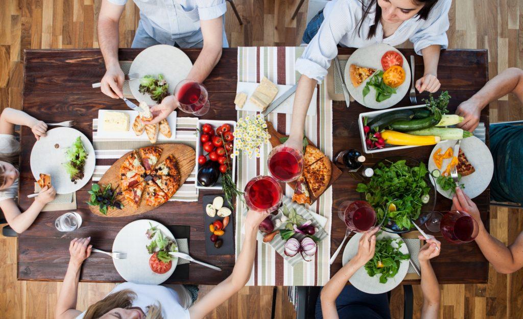 栄養バランスの良い食事で肉体疲労を解消する