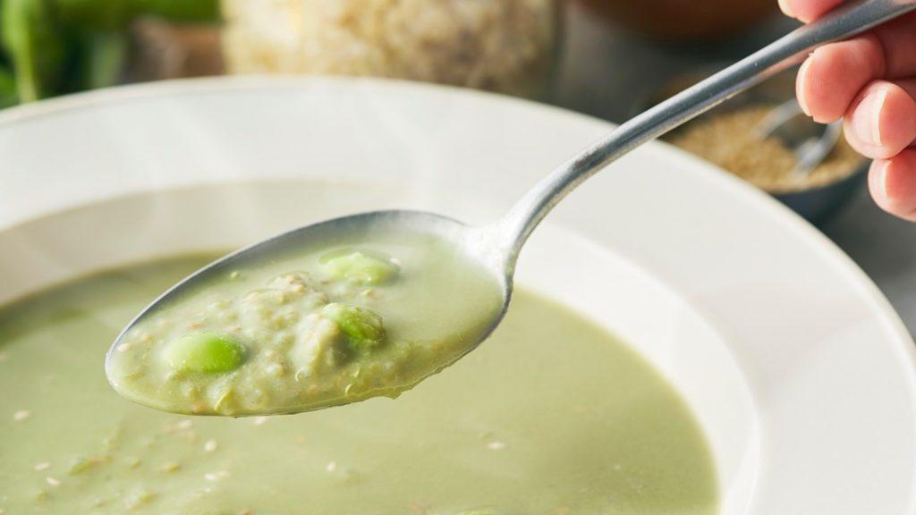 えだまめとキヌアの雑穀スープ