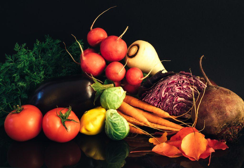 骨の脆弱化を予防する方法。完全食を用いて効率的に!