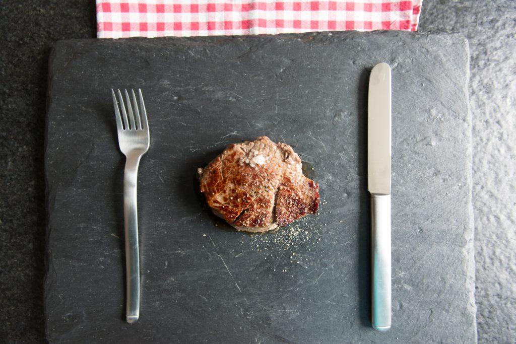 栄養バランスの良い食事を簡易的に。完全食を活用するメリット。